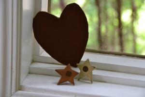 book_board_heart