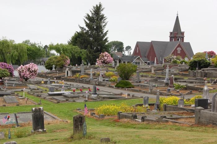 cemetery-784266_960_720