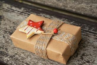 gift-1760869_960_720