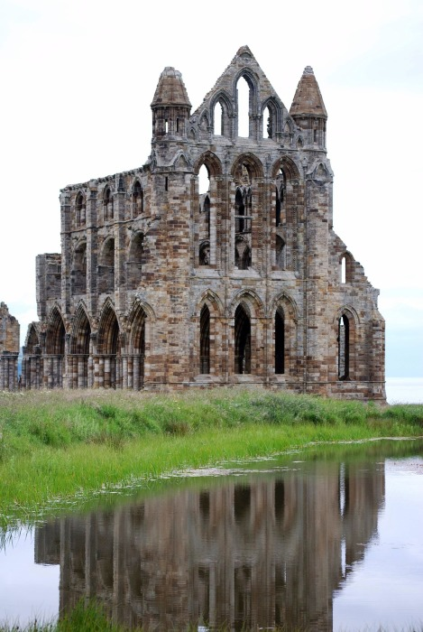 whitby-abbey-1016212_1920