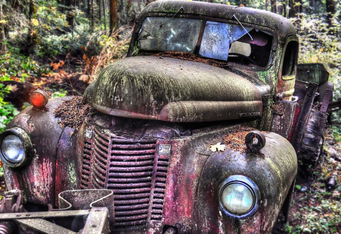 car-2673259_1920