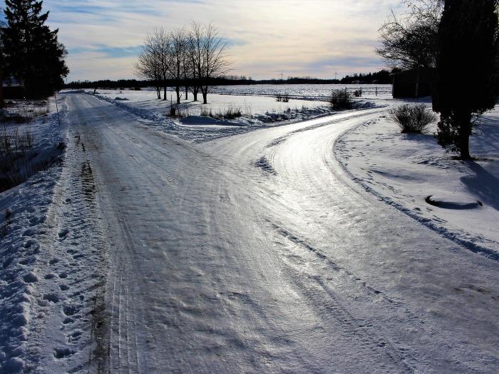 road-3182053_1920