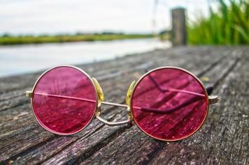 glasses-3002608_1920