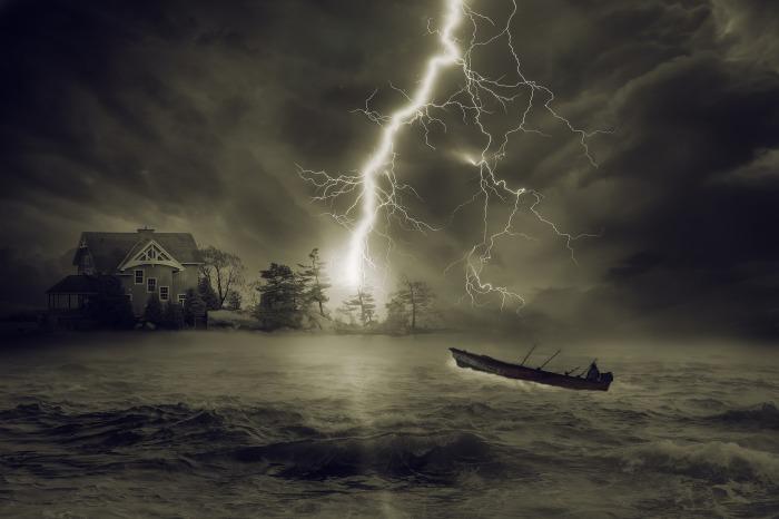 thunderstorm-2787027_1920